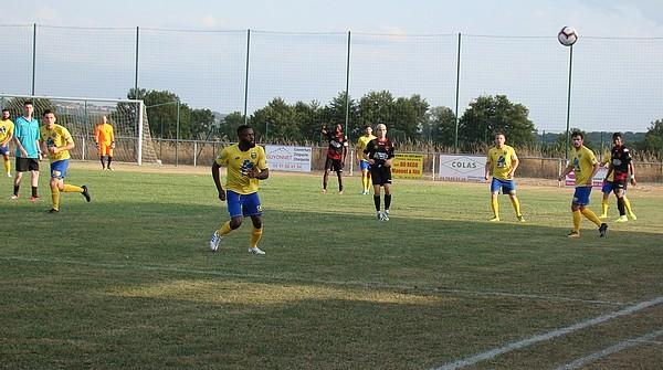 Montluçon foot face à St Amand